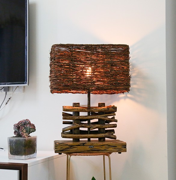 Wood Art,Rattan Living Room,Study/ Bedroom Hand-woven Southeast Asian Table Lamp