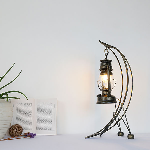 Iron Living Room,Study/ Bedroom Solder American Country Table Lamp